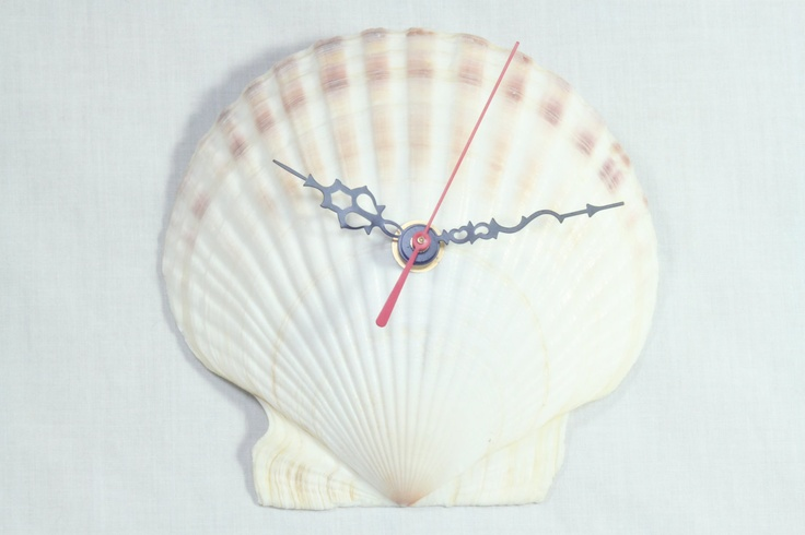 Unique Vintage Upcycled Seashell Wall Clock Home Decor
