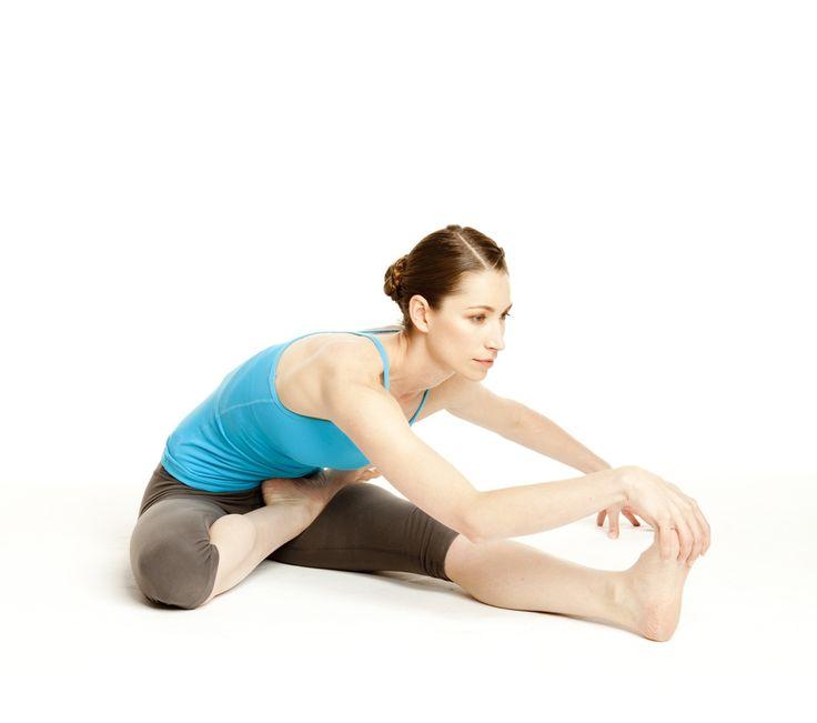 Yoga Cures...Sugar Cravings! Tara Stiles' 4 Poses to Help Us Beat Sugar