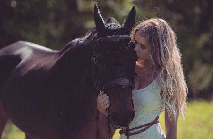 Beautiful girl and her horse. Kristinthorogood.com  FB: Kristin Thorogood Photography