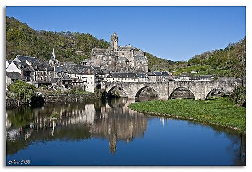 Estaing, le plus Beaux Villages de France