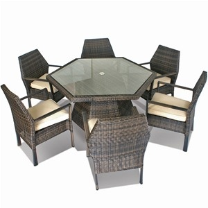 hexagonal rattan garden furniture sets are unusual and this maze rattan 6 seater set has style