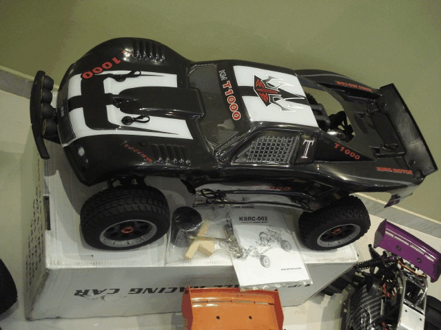 King Motor Baja 5T-T1000 gas powered rc truck