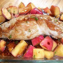 Filet de porc glacé à la sauce aux pommes @ qc.allrecipes.ca