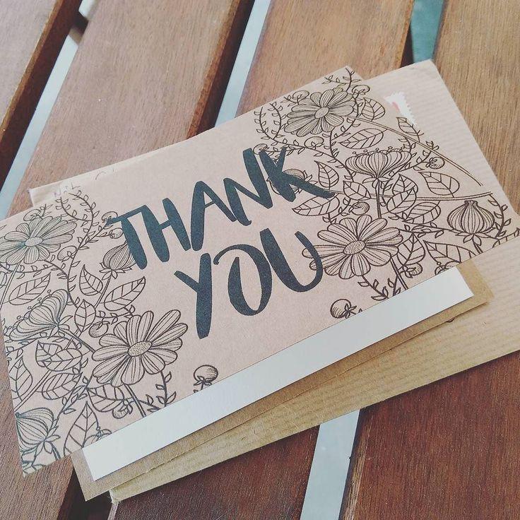 Az nagyon jó érzés mikor egy ilyen kísérő köszönőkártyával kapod meg a számláidat. Pedig még én fizettem valamiért  és mégis. #thanks #thankful #köszönetajándék #artist #art #artforlife  #artbusinesslife #művészet #művészetmarketing Ti szoktatok köszönőkártyát adni a vevőtöknek?
