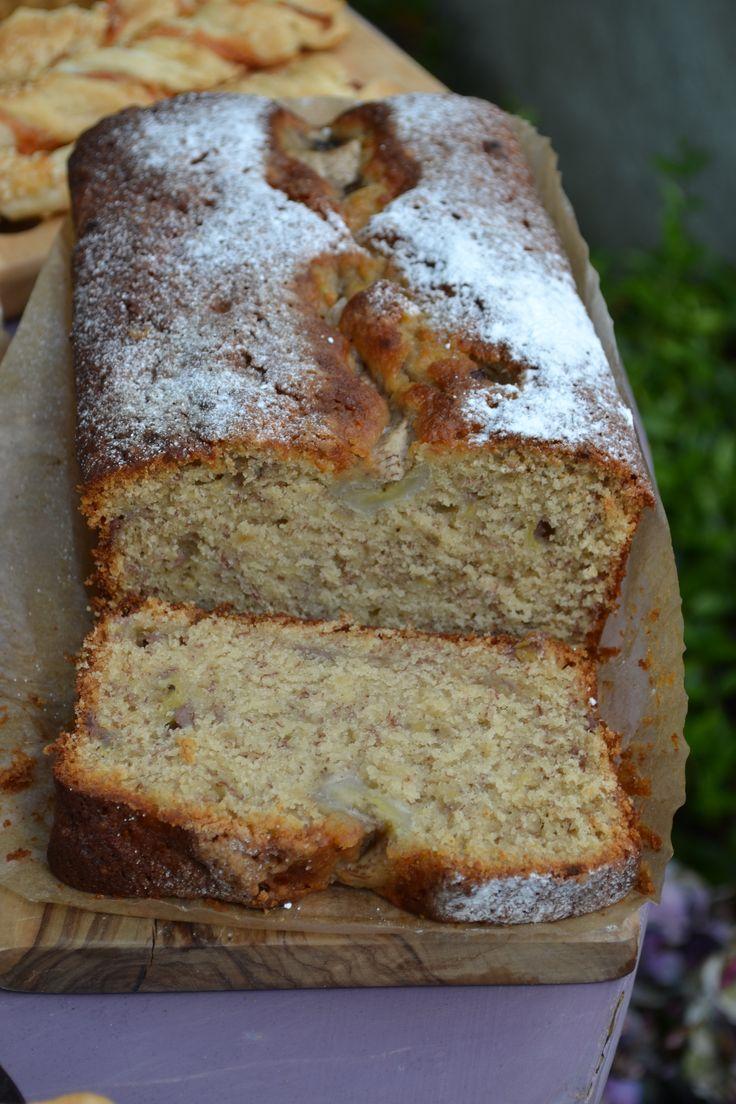 Myrtle Bakes Banana Bread. #myrtlebakes
