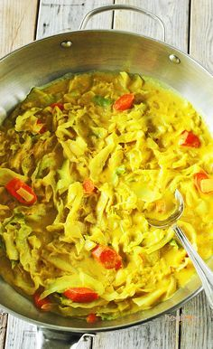 Curry-cabbage ... Vegan, gluten free, meatless ... Use shallots for migraine diet safe recipe