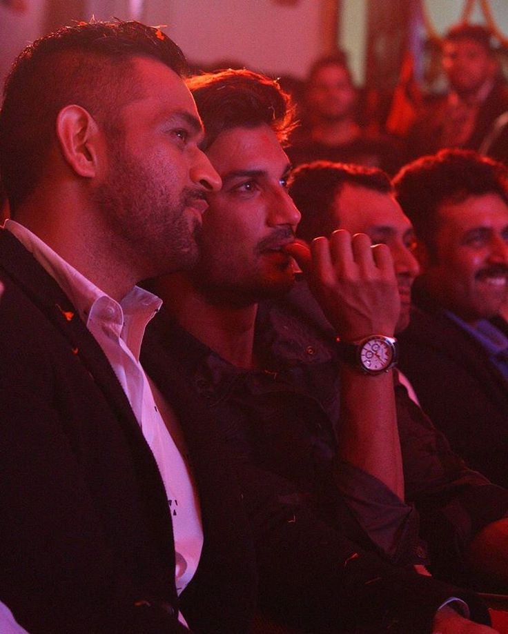 MS Dhoni and Sushant Singh Rajput at the trailer launch of MS Dhoni: The Untold Story in Delhi.  Photography Credits: @meshivamahuja  #msdhonitheuntoldstory #msdhoni #bollywoodmovie #sushantsinghrajput #samediaworks #delhiphotographer #photographersindelhi #delhi #instagram #beauty #lovely #candid #ashokvihar