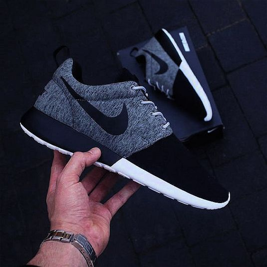super popular 21f5c d7fd5 ... denmark nike air maxnew world styles of mens womens and kids shoes for  the 8304f 1364d ...