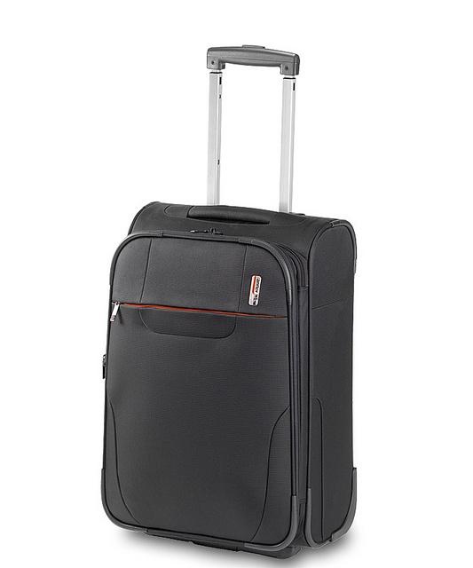 Více než 25 nejlepších nápadů na Pinterestu na téma Antler luggage ...