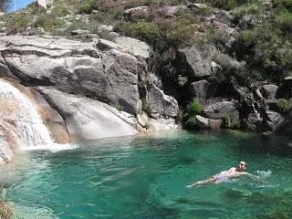 Lagoa Verde /Poço Azul (Gerês)