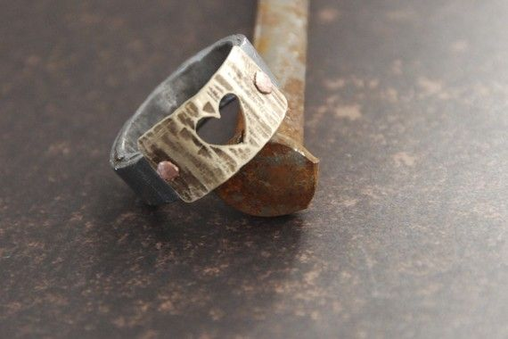 Made from a barn nail.: Handmade Rings, Nails Rings, Gifts For Her, Mothers Day Gifts, Handmade Wedding, Heart Rings, Mother Day Gifts, Antiques Barns, Barns Nails