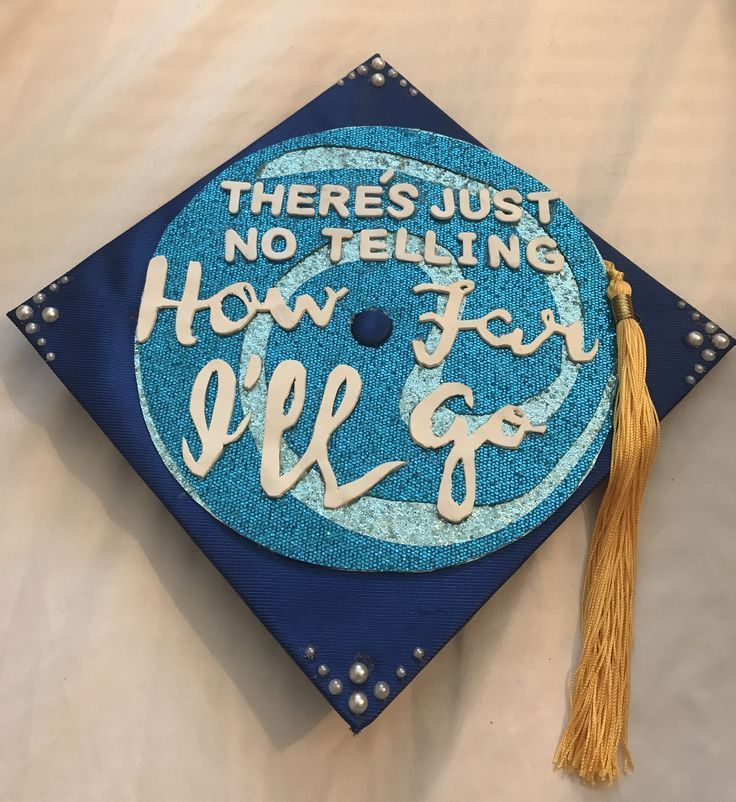 Moana graduation cap // graduation cap decoration - #decoration #graduation #moana - #DecorationGraduation