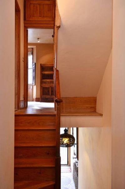 Narrow Foyer Stairs : Ideas about narrow staircase on pinterest stair