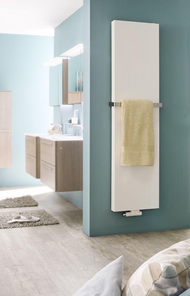 Du håller kanske på och renoverar ett hus, en äldre bostad eller sommarstuga. Har du tänkt på att också byta ut och uppgradera dina gamla fula element? Inte? Purmo-Tinos i turkost badrum.