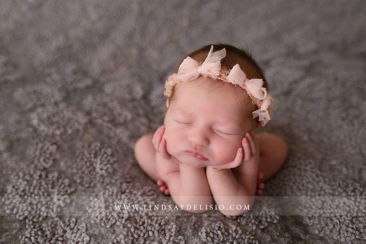 Ohio newborn photographer lindsay delisio photography