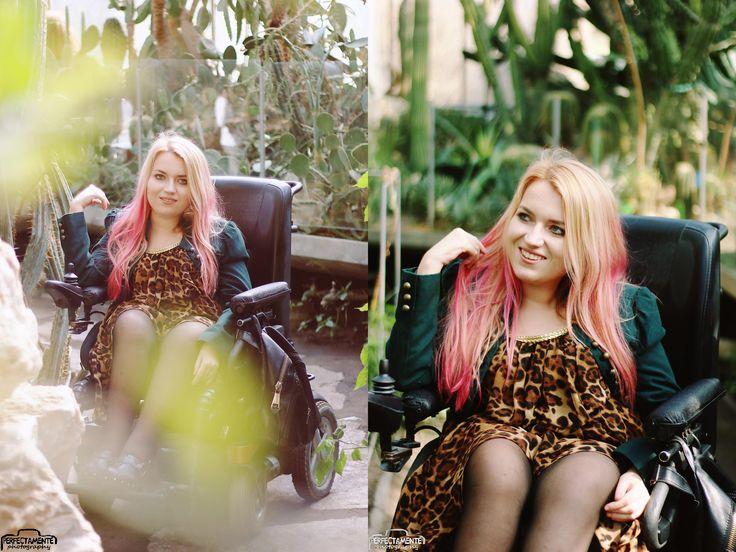 #fashionblogger #fashion #moda #blogger #blondynka #sukienka #panterka fashion blogger blog moda na wózku niepełnosprawność różowe włosy blog modowy #blogmodowy  http://www.vamppiv.pl