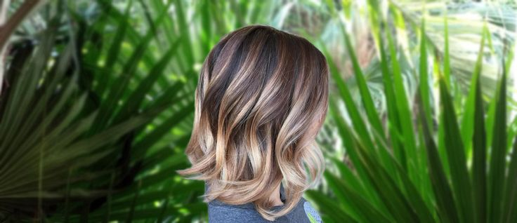 Wavy bob hairstyles will always be in style and look great with any hair length. If you are looking for some sexy bob hairstyles, click here!
