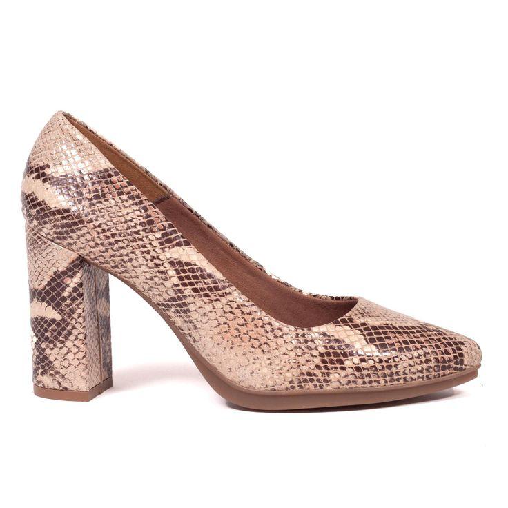 ¡Consigue este tipo de zapato de tacón de MiMaO ahora! Haz clic para ver los detalles. Envíos gratis a toda España. MiMaO Urban Serpiente Beige: DESCRIPCIÓN - ¿En qué consiste la plantilla Confort Gel? La plantilla confort gel incorporada en nuestro modelo Urban es única. Su tecnologia consiste en una plantilla almohadillada con una inyección en forma de gota justo en la zona del metatarso. Esto hace que los dedos de tus pies se abran y evitar las rozaduras y molestias que normalment...