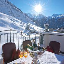 Urlaub im Zillertal - ****s Hotel Alpenhof Hintertux in Tirol