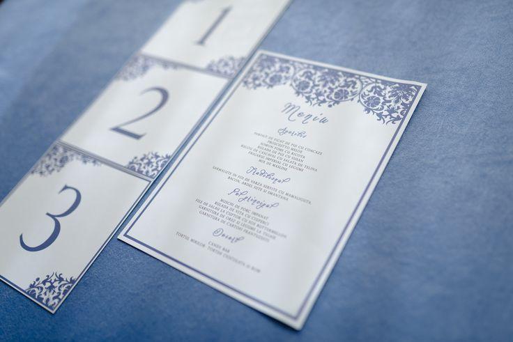 Wedding menu and card numbers by @theweddistrict