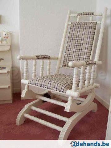 NIEUWE witte schommelstoel met lichte bekleding - Te koop
