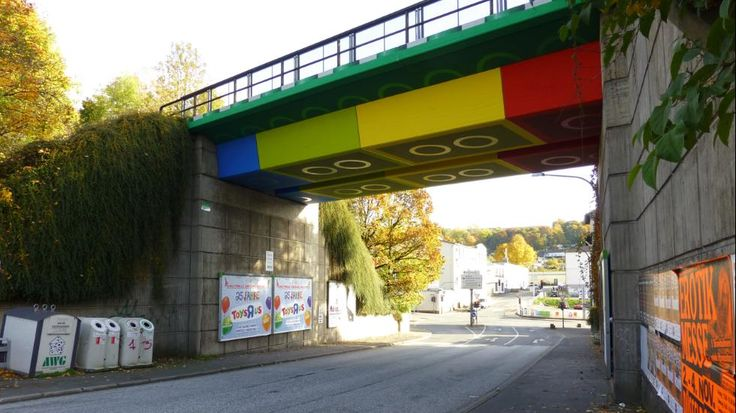 The Lego Bridge in Wuppertal, Germany is actually a concrete beam bridge repainted in 2011 in the style of Lego bricks by graffiti and street artist Martin Heuwold. (Wikimedia/Atamari)