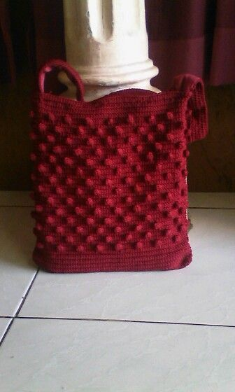Bobble tote bag