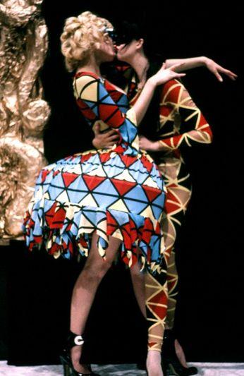 Sara Stockbridge and Susie Bick, runway 1990 Designer Vivienne Westwood