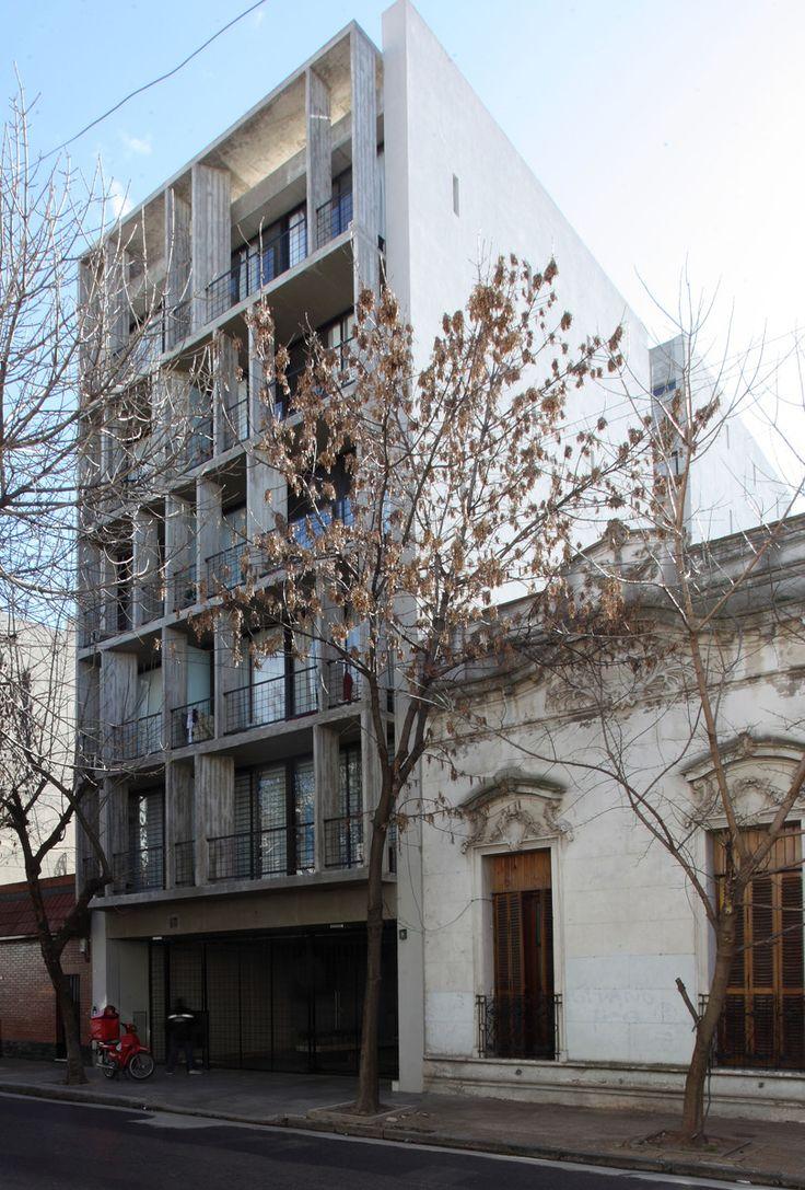 Galer 237 a de casa patio ar arquitetos 22 - Gallery Of Eeuu 4263 Building Bak Arquitectos 1