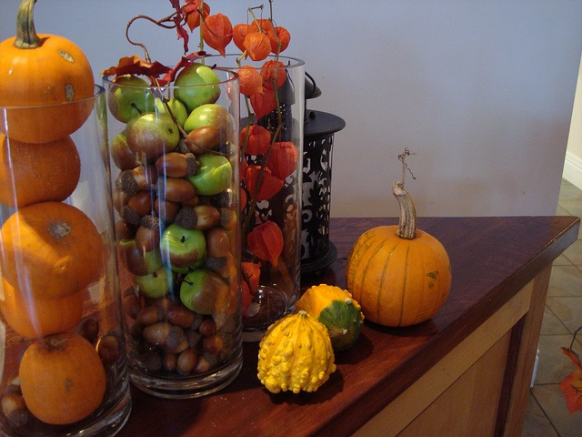 Pretty adding apples with mini pumpkins and gourds. & The 292 best Gala images on Pinterest | Autumn decorating Autumn ...
