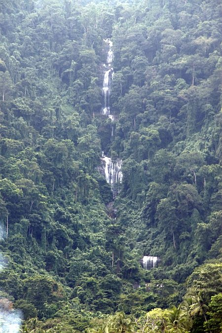 Selayar Island Waterfall, more info visit : http://www.sulawesi-experience.com/selayar-tourism-travel-guide.html