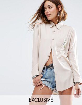 Рубашка бойфренда с нашивкой в виде колибри Reclaimed Vintage