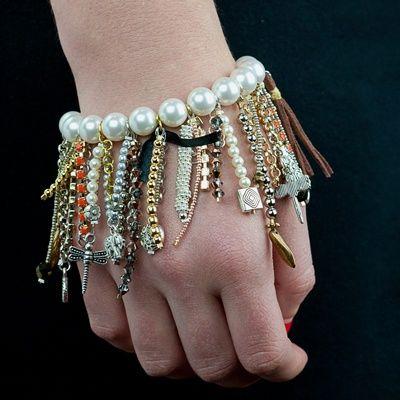 Metal and Pearl Fringe Bracelet by Nishka | Project | Jewelry / Accessories | Bracelets | Kollabora #diy #kollabora #jewelry #bracelet