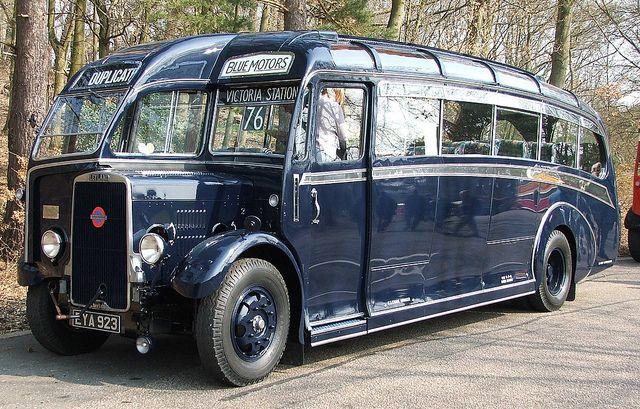 imagine this turned into a camper van.....1939 Cheetah LZ5 — Leyland