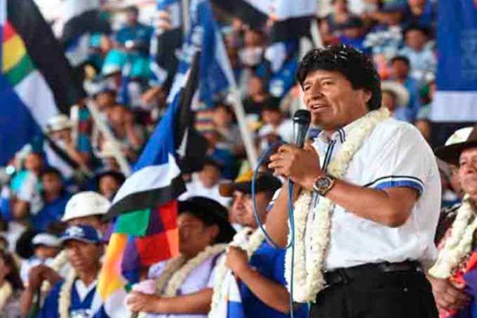 Evo Morales criticó acciones de la OEA contra Venezuela