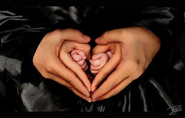 Una famiglia felice ha un gran cuore!  #child #baby