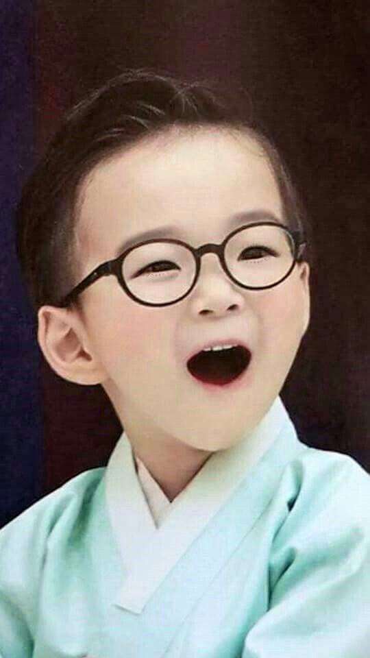 Daehan is so adorable