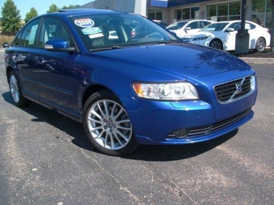 Cars for Sale: 2009 Volvo S40 2.4i in McMurray, PA 15317: Sedan Details - 410513231 - Autotrader
