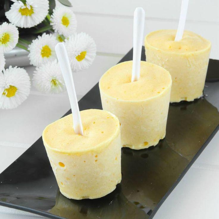 Njut av iskall, svalkande mangoglass som är nyttig & baserad på frukt! Helt utan tillsatt socker!