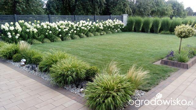 Https Www Ogrodowisko Pl Watek 1251 Metamorfozy Ogrodowe Page 185 Front Yard Landscaping Farmhouse Garden Modern Landscaping