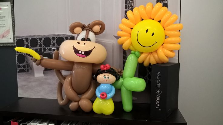 Balloon art.