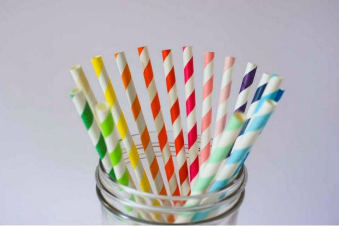 Paper Straws by Darling & Good