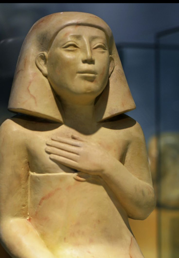 Supposedly only these Caucasian looking Fake Egyptian statues had their noses intact.Does this look like 3000yr old statue to you?
