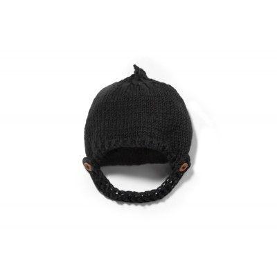 A black cap 100% extra merinos wool