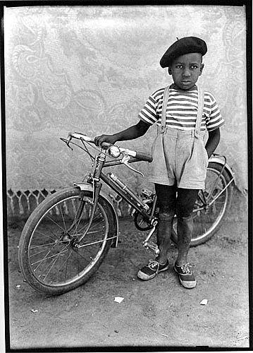 by photographer Seydou Keita