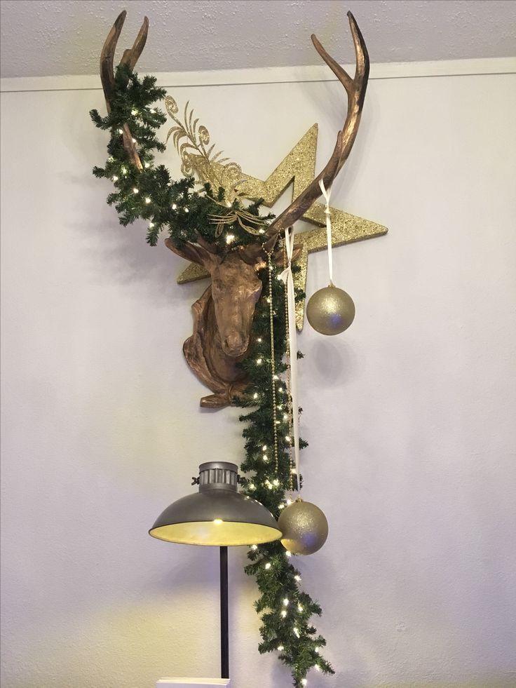 Binnen presentatie kerst  bij schoonheidssalon in Amsterdam . Ontwerp en styling Rich Art design Assendelft .