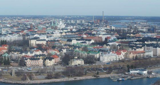 Katso vaihtokuvista, miten vaikkapa Korkeasaari tai Hotelli Kämp ovat yli sadan vuoden aikana muuttuneet.
