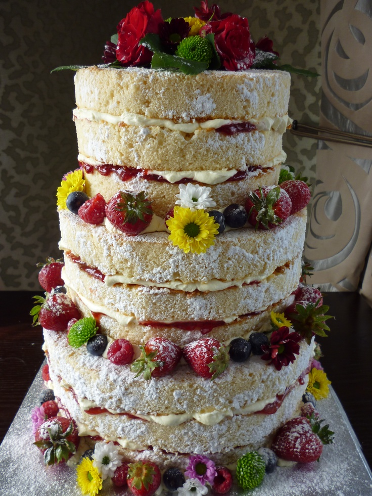 wedding cake with strawberry filling 190 best images about april cake ideas on 26967