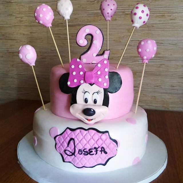 #Minnie #fondant #cake by Volován Productos #instacake #puq #Chile #VolovanProductos #Cakes #Cakestagram #SweetCake