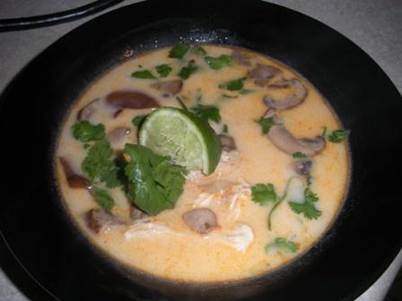Post image for Tom Kha Kai (Thai coconut milk soup)